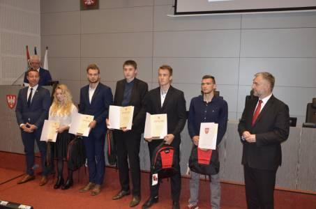 Stypendia-Sportowe-U.-Marszalkowski-2017-2