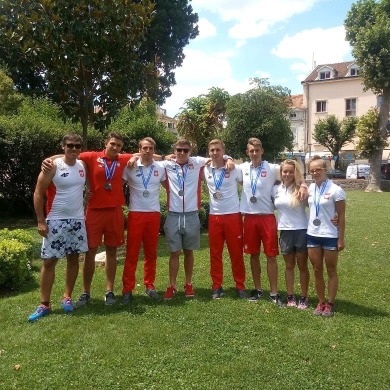 3aeab6554 6 medali (złoto, 4 srebrne i brązowy) przywiozą polscy kajakarze z  rozgrywanych w dniach 5 – 8 lipca w miejscowości Metkovic (Chorwacja) Mistrzostw  Europy w ...